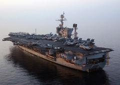 USS_John_F_Kennedy_(CV-67)_port_stern_view_2004.jpg