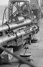 HMS_Winchester_3-tubed_Mark_IV.jpeg