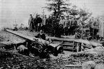 120-мм_орудие_крейсера_Новик_на_береговой_позиции.jpg