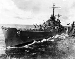 USS_Atlanta_refuelling_16_October_1942_Pacific_Ocean_small.jpg