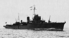 Japanese_minelayer_Yaeyama_1932.jpg