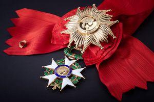 Ordre_national_de_la_Légion_d'honneur.jpg