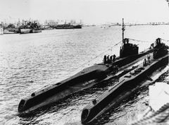 HMS_Turbulent_(N98).jpg