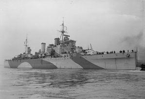 Крейсер_HMS_London.jpg