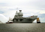 HMS_QUEEN_ELIZABETH_enters_Invergordon-7.jpg