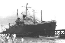 USS_Doyen_(APA-1).jpg