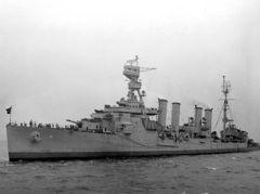 USS_Milwaukee_(CL-5)_1.jpg