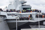HMS_Queen_Elizabeth_ready_to_set_sail_for_the_first_time._26.06.207.jpg