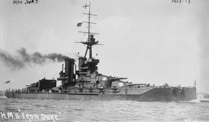 Файл:HMS Iron Duke2underway.png